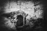 Grotto, Gosford_Park