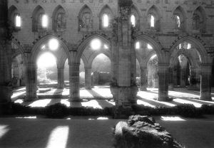 Rievaulx Abbey, Arches.jpg