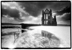 Whitby Abbey, North Yorkshire, England 2.jpg